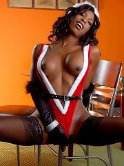 Ebony Natassia Dreams has got a xmas present for you