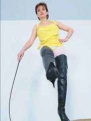 Milf boot mistress