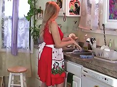 Don't Tell Hubby That I Masturbate In The Kitchen Porn F5