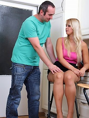Horny daddy savors fresh plumpers yummy pink slit