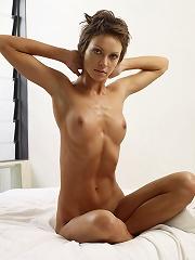 Olena O Moist in Bed