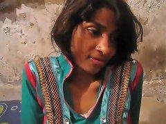 Pakistani Homemade Couple Leaked Sextape