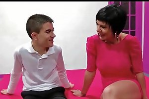 Spanish Milf Short Hair And Young Boy Hd Porn 3d Xhamster