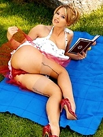 free lingerie gallery Blonde Kathy outdoors in...