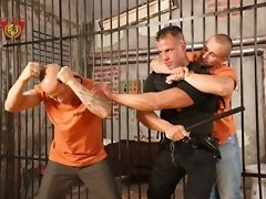 Max Summers v Tatooed Junior-Garrett Felado Garrett and Junior are prisoners and are fighting for their life inside prison. They are very angry and de
