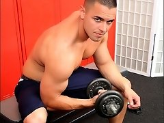Sexy Muscle Stud