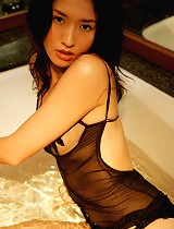 free asian gallery Steamy asian babe is...