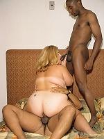 Blonde Plumper Threesome!