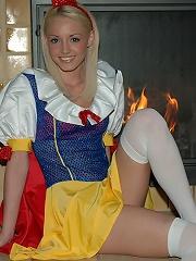 Dream Kelly softcore Snow White costume