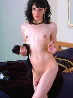 Gianna has milky white skin youll want to run your tongue over...