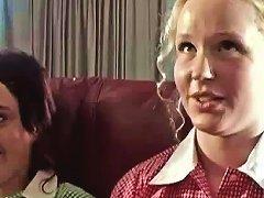 Aussie Amateurs Seek Lesbian Teacher For Fun