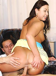 Teenage Babe Seduces The Handyman Teen Porn Pix