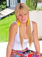 Sweet Kelly Tavares Posing Naked Outdoors